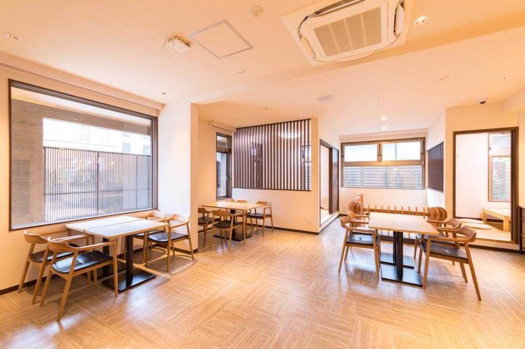 一汁三菜ダイニングHICO cafe内観写真